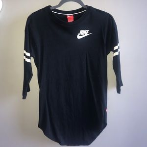 Nike half sleeve long t-shirt